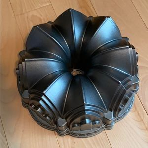 Nordic Ware Cathedral Bundt Pan